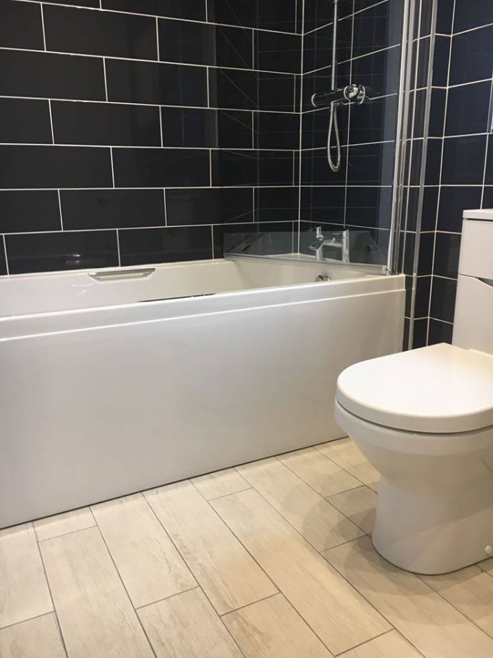 1st Plumbers East Kilbride - Black and White Bathroom